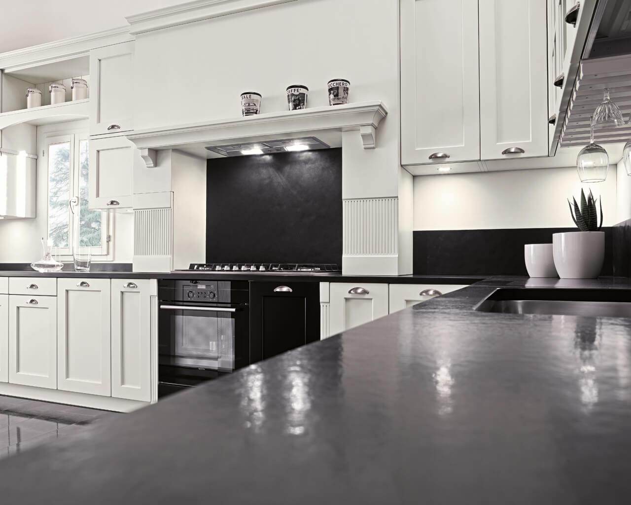 cucina-chiara-legno-bianca-002